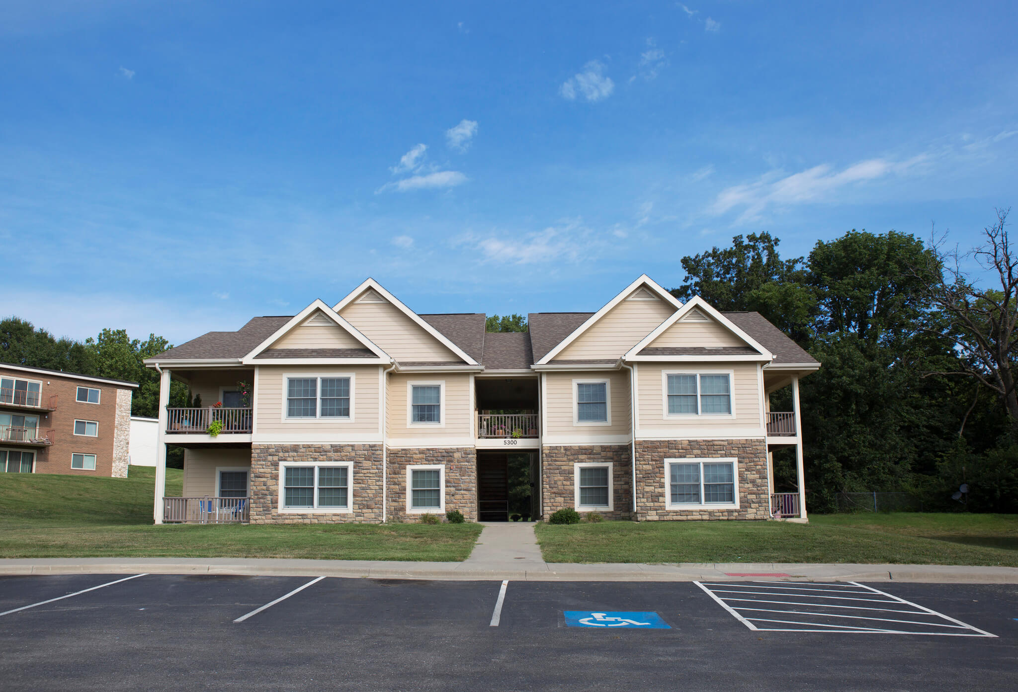Campus Housing - Midwestern Baptist Theological Seminary