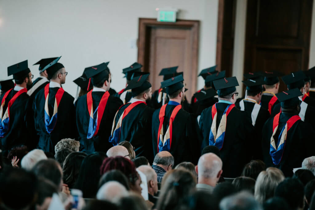 """Midwestern Seminary graduates challenged to lead a """"ministry marked by sacrifice"""""""
